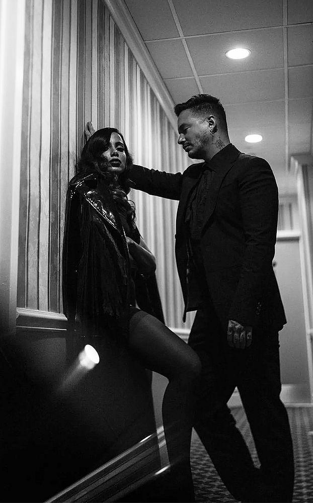 Saiu ! Anitta lança clipe oficial de Downtown com JBalvin